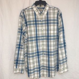 LL Bean Wrinkle Resistant Slightly Fitted Shirt L